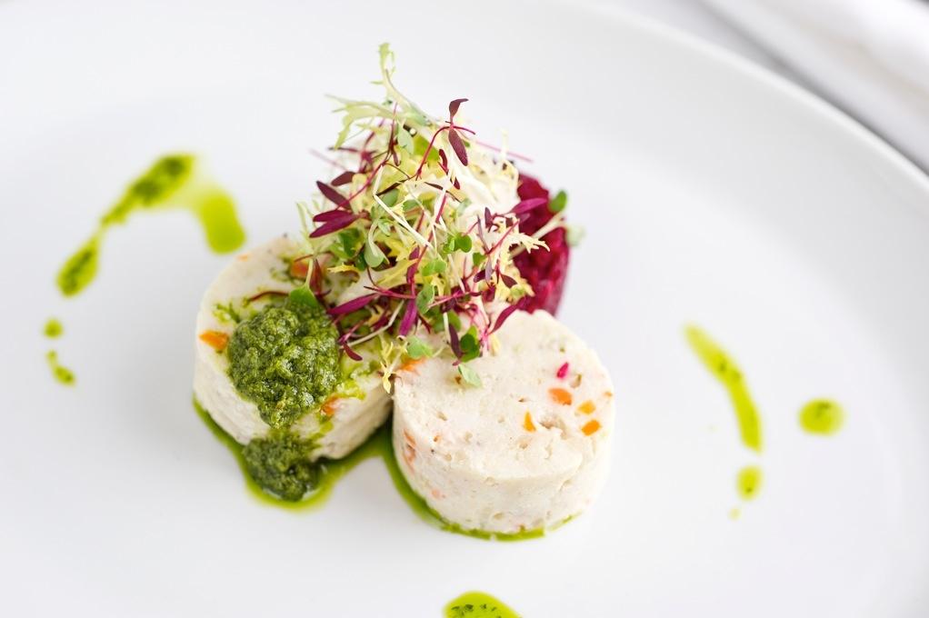 Kutsher s twist on borscht belt favorites kosher like me for Jewish fish dish