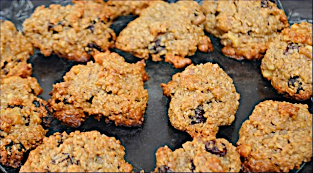 Honey Tehina Oat Cookies