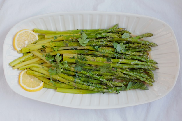 Asparagus with Anchovies and Lemon Dressing
