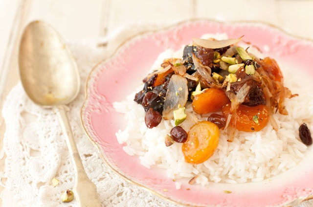KLMTanzeya, Caramelized Onions And Pistachios Over White Rice