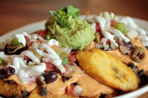 Fiesta Nachos with eda-guacamole