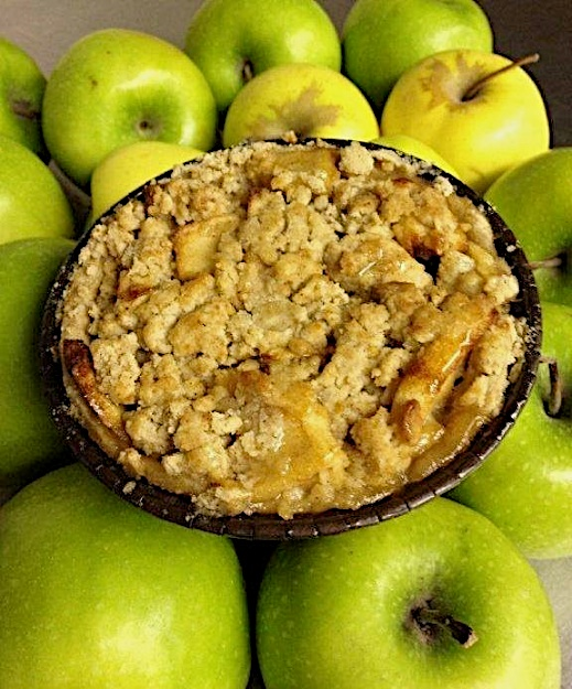 Izzy B allergen free apple crumb pie