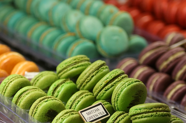Tell Me More! French Macarons Baked in NYC