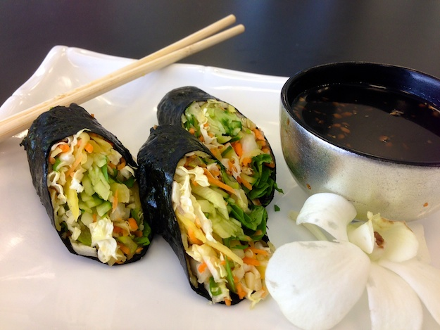 Vietnamese Nori Rolls and Saki-tinis