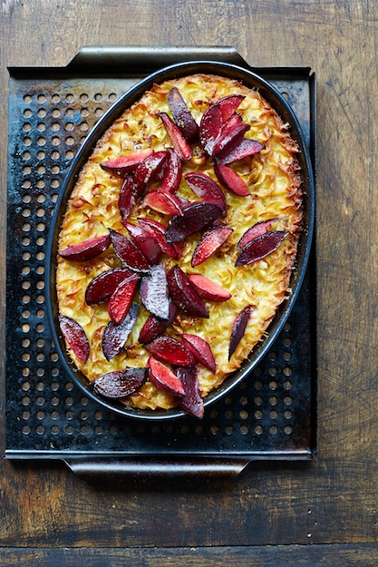 Sweet Lokshen Kugel with Plums