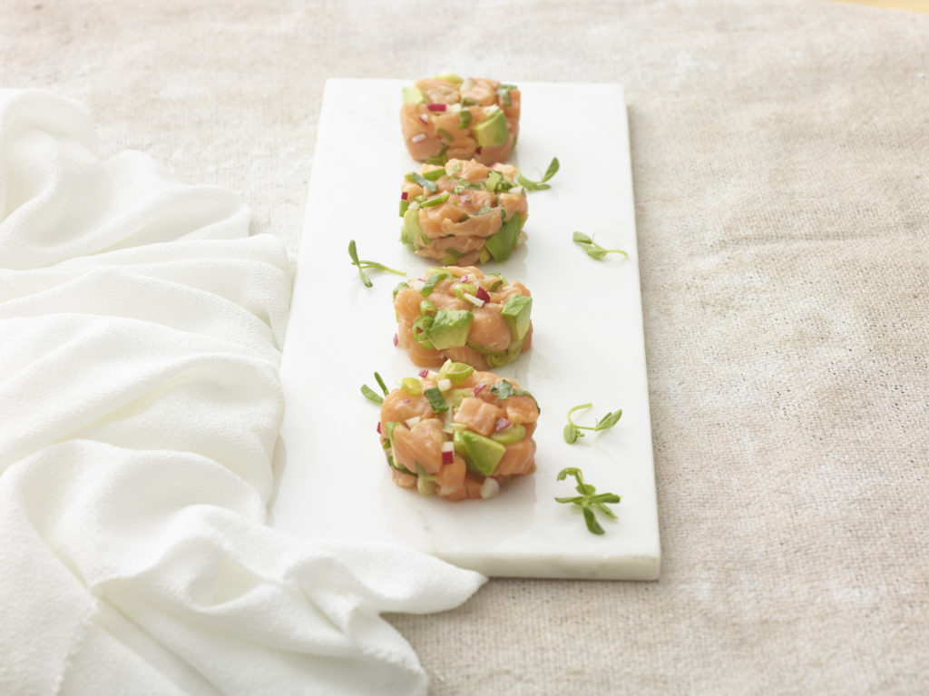 kosher salmon and avocado tartar