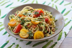 spiralized zoodles no cook tomato sauce
