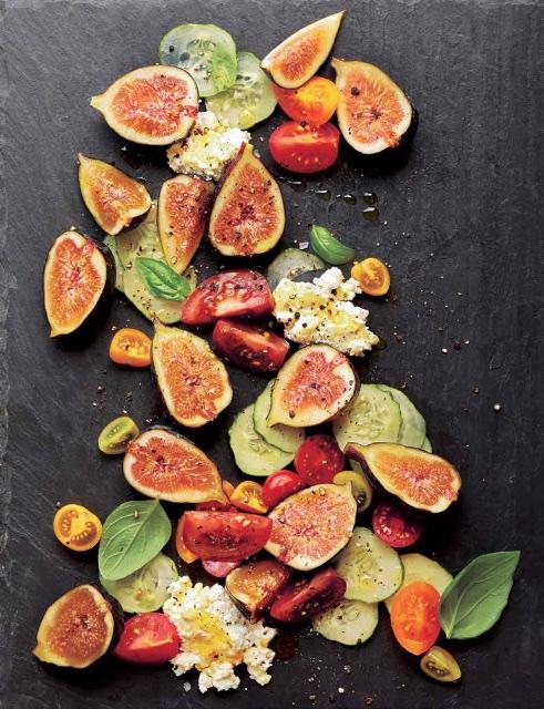 fresh figs tomato salad kosher for Passover