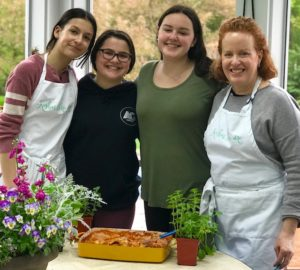 Kosher Like Me cooks with teens