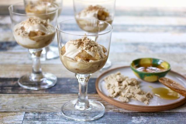 Rosh HaShanah Kosher Like Me apple honey dessert